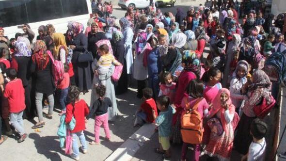 Şanlıurfada velilerden, konteyner sınıf protestosu