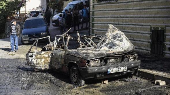Alev alev yanan aracın lpg tankı böyle patladı