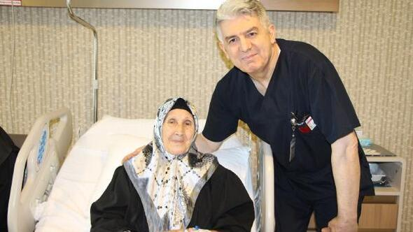 92 yaşındaki Libyalı hasta TAVİ yöntemi ile Türkiyede sağlığına kavuştu