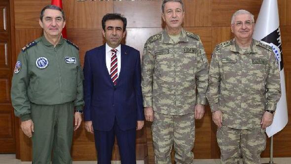 Genelkurmay Başkanı ve kuvvet komutanları, Diyarbakırda/ Ek fotoğraflar