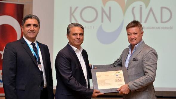 Başkan Uysaldan Antalya vizyonu önerisi