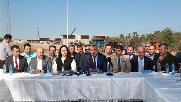Adanada AK Partinin köprü eleştirisine MHPden cevap