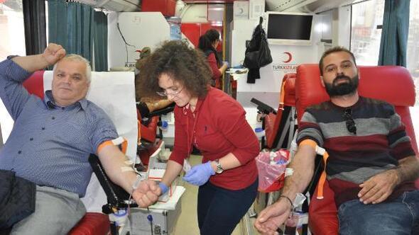 Malkarada, Kızılaya 47 ünite kan bağışı yapıldı