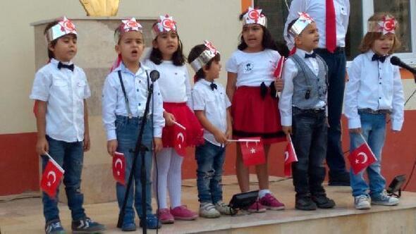Anaokulu öğrencilerinin 29 Ekim kutlaması