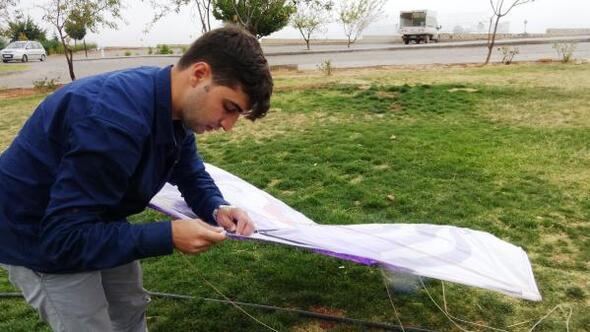 Uçurtma tutkusunu, sanata dönüştüren Mardinli Zahit, 25 yaşında dünyayı dolaştı