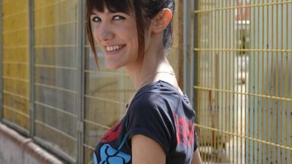 Kalp krizinden ölen üniversiteli Melis, gözyaşlarıyla uğurlandı