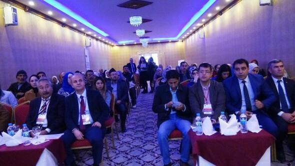 Suriyeli velilere, aile eğitimi programı