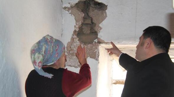 CHP'li Ağbabadan, depremzedelere ziyaret