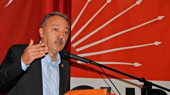 CHP Çeşmede Ekrem Oran 3üncü kez başkan