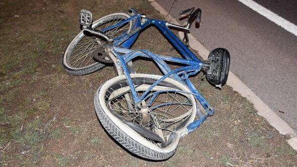 Sivas'ta otomobil bisiklete çarptı: 1 ölü, 1 yaralı