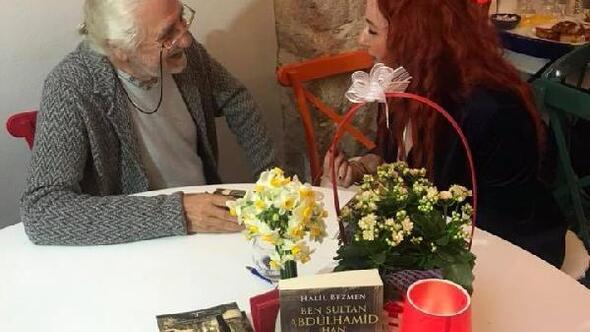 Ben Sultan Abdülhamit Han adlı kitabını imzaladı
