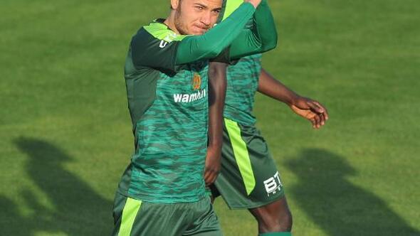 Bursaspor sert geçen hazırlık maçında Skenderbeuyu 3-0 yendi