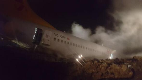 Trabzonda yolcu uçağı pistten çıktı (4)
