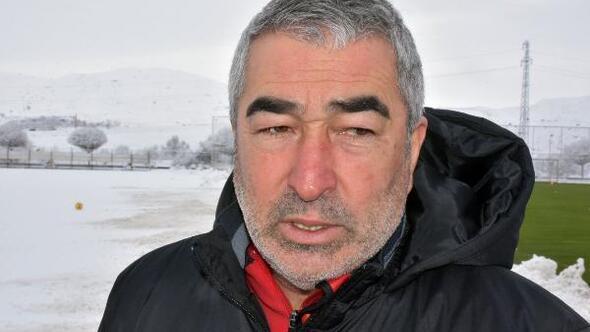(ÖZEL) Demir Grup Sivasspor Teknik Direktörü Aybaba: Hedef ilk 10 içinde kalmak
