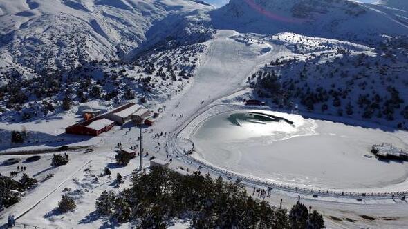 Ergan Kayak Merkezi sezonu açtı