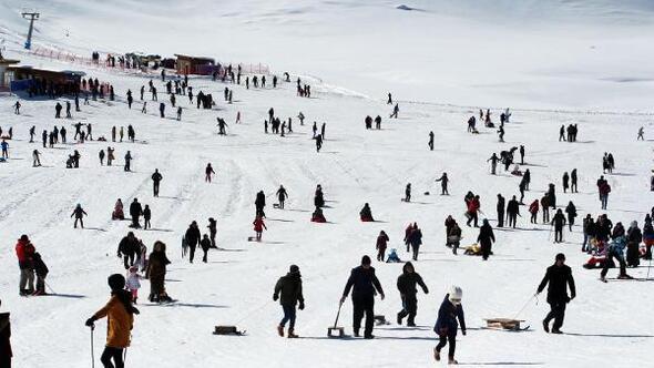 Bingöl ve Elazığdaki kayak merkezlerinde sömestir yoğunluğu