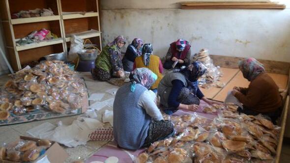 Savaştepeden Afrin harekatına katılan Mehmetçiğe 11 bin seferberlik çöreği