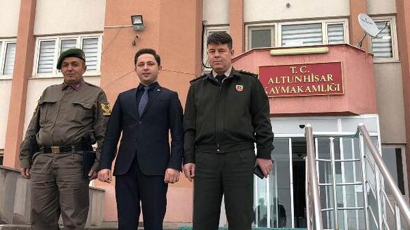 Niğde İl Jandarma Komutanı Tataroğludan Kaymakam Kayabaşına teşekkür ziyareti