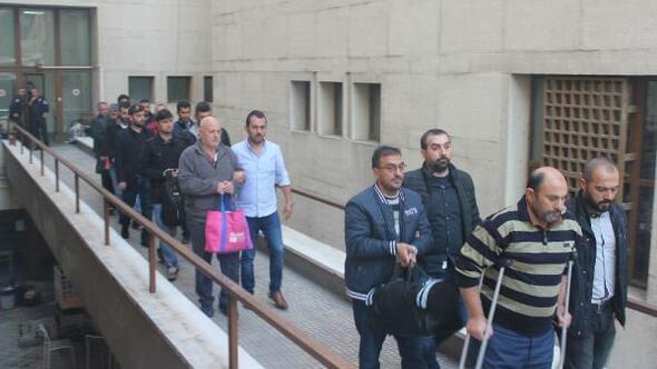 Bursa'da FETÖ sanığı kargo şirketi yöneticilerine 6şar yıl hapis