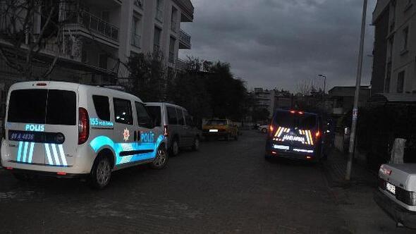 Emekli polis ile 5 kişiye, tefecilik ve tarihi eser kaçakçılığından gözaltı