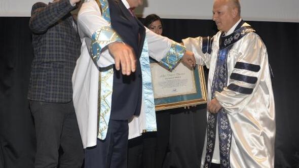 Dışişleri Bakanı Çavuşoğluna fahri doktora