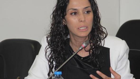 İzmirde kadınların sorunları tartışıldı