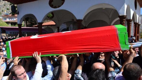 Üniversitede öldürülen 2 akademisyen, Tokatta toprağa verildi