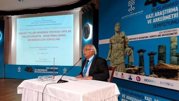 Arkeoloji dünyası Çanakkalede buluştu