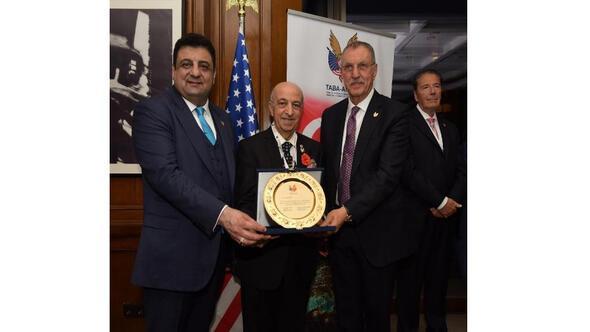 Türk Amerikan İş Adamları Plaket Töreninde bir araya geldi