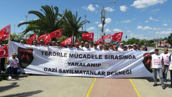 Gazilik ünvanı için Ankaraya yürüyorlar
