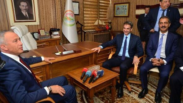 Yunanistan ana muhalefet lideri Mitsotakis, Gökçeadada