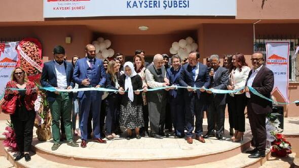 Melikgazi Belediyesi Türkiye Alzheimer Derneği Kayseri Şubesine bina tahsis etti