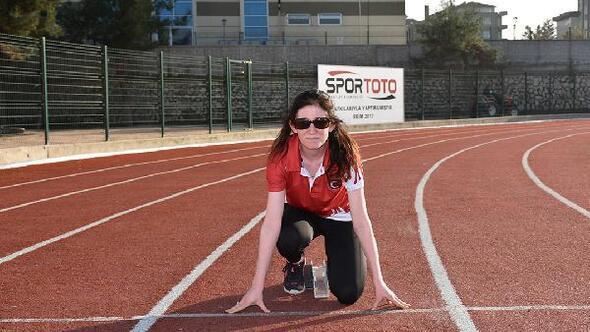 Görme engelli milli atlet Çırakoğlunun hedefi Tokyo Paralimpik Oyunları