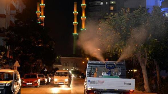 Mersin'de sinekle mücadele devem ediyor