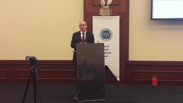 Mehmet Şimşek: Dünyada ciddi bir demokratik resesyonla karşı karşıyayız