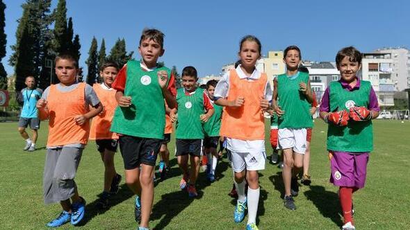 Muratpaşanın yaz spor okulları başlıyor