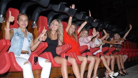 Hyper Coaster kraliçe adaylarını korkuttu