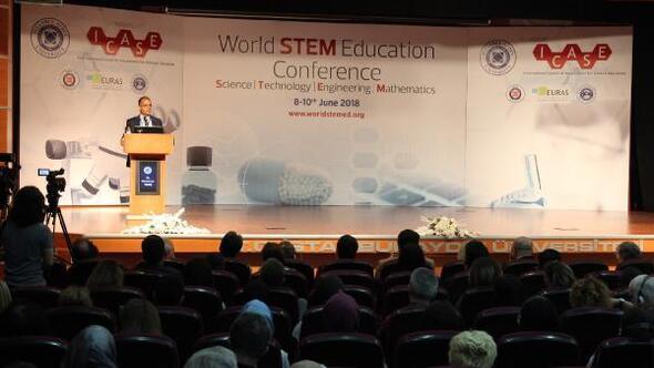 Dr. Holbrook: STEM eğitimi 21. yüzyılın bir gerekliliği