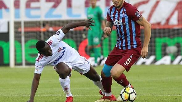 (Özel) Celta Vigo, Okay için Trabzonspordan banka hesap numarası istedi