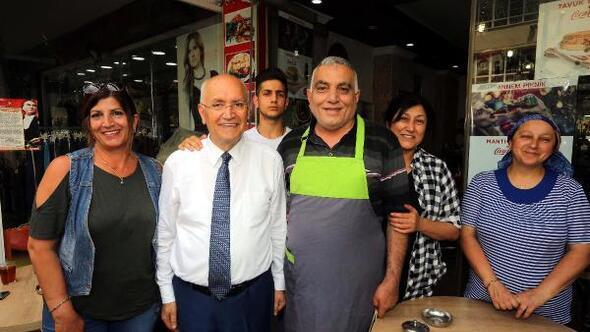 Başkan Yaşar, esnafı ziyaret etti