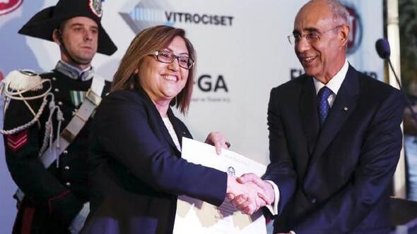 Fatma Şahine; İtalya Devlet Liyakat nişanı