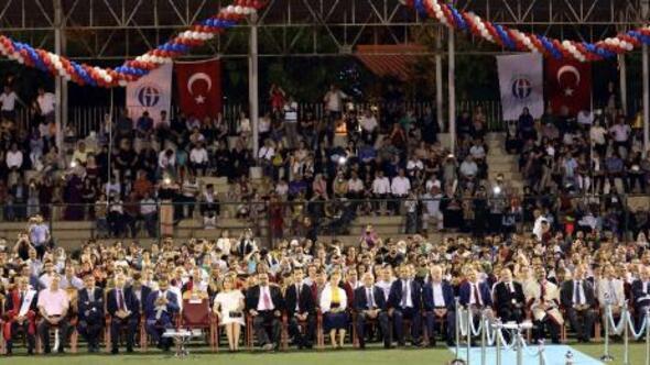 GAÜN'de 9 bin 550 öğrenci kep attı