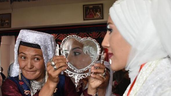 Vanda yaşayan Kırgızlar geleneklerini sürdürüyor