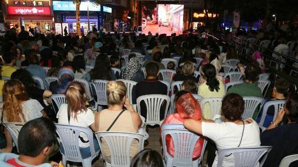 Eskişehirde sokak sineması