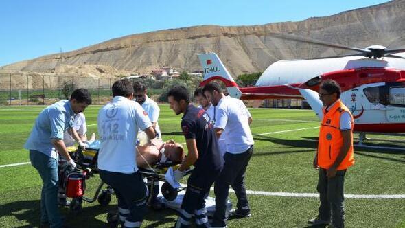 Havuzda kalp krizi geçirdi, ambulans helikopterle sevk edildi