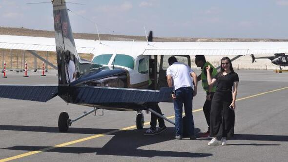 Uçmayan Köy Kalmasın projesiyle köylüler ilk kez uçağa bindi
