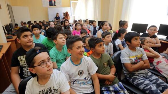 YENİMEK yaz okulu kursiyerlerine LÖSEV semineri