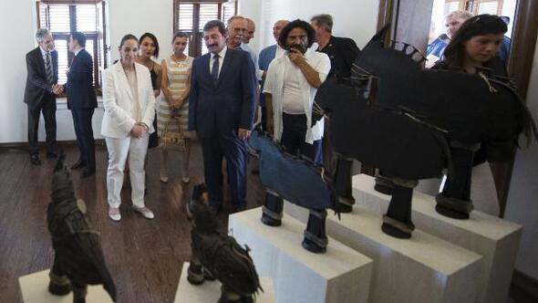 Çanakkalede, Düşler Ülkesi: Troya sergisi açıldı