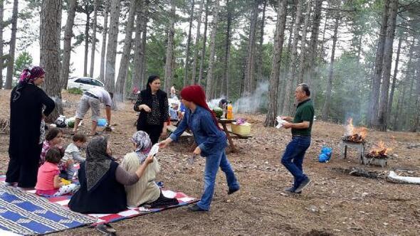 Ozanlar ve şairlerden piknik yapanlara temizlik uyarısı
