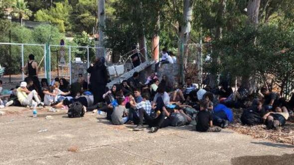 30 kişi kapasiteli teknede 174 kaçak yakalandı